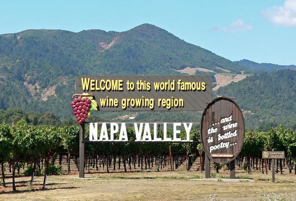napa_valley_welcome_sign1.jpg
