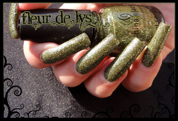 China Glaze Haunting Halloween