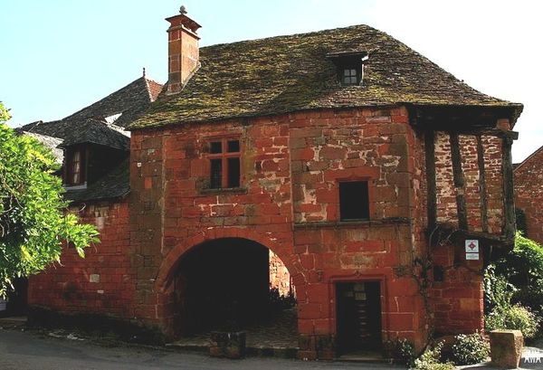 800px-Collonges la rouge 07