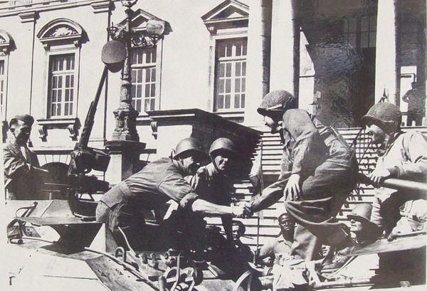Champ de Mars - septembre 1944 32
