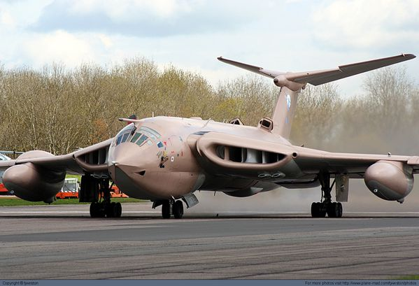 Handley-Page-Victor-e.jpg