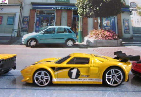 ford gt lm hw racing 2010.155 (1)