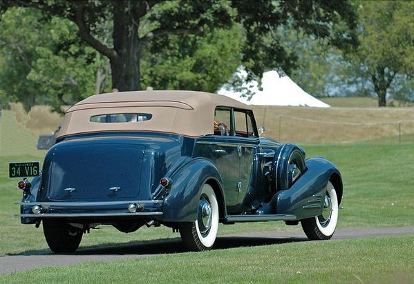 2661_cadillac_series_452d_v16_convertible_sedan_1934_02.jpg
