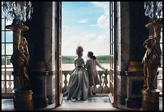 Annie-Leibovitz-Marie-Antoinette-Kristen-Dunst--11-.jpg