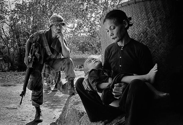 soldier-on-a-routine-operation-in-Quang-Ngai--Vietnam--1967.jpg