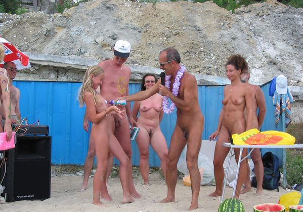 Family nudist party possible tell