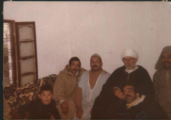Haj Driss Amrani avec le cheikh Moustafa Mazawar (1979)