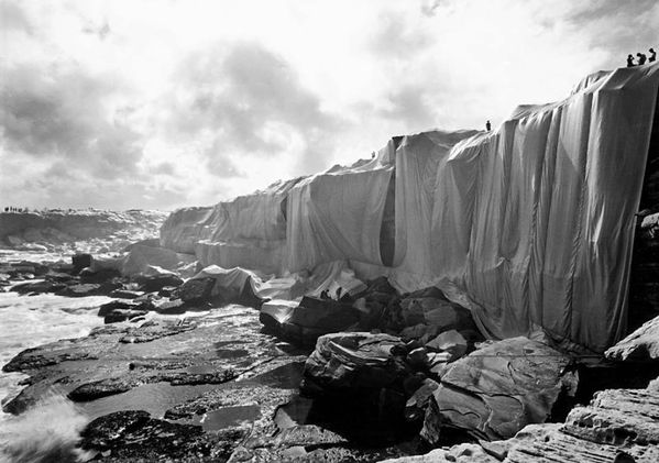 Christo et Jean-Claude, 1969 Wrapped Coast One Million Squa