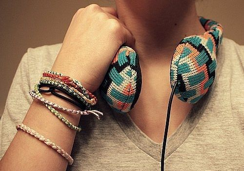 bracelet-bracelets-colorful-earphones-girl large