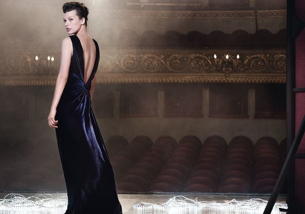 Milla-Jovovich-by-Peter-Lindbergh-for-Escada-Fall-Campaign1.jpg