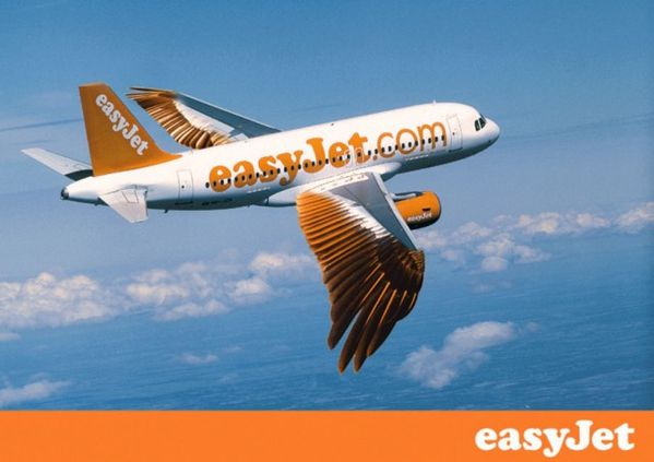 Easy-Jet-a-plumes-poisson-avril-2011.jpg