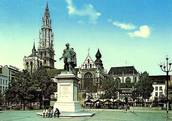 Anvers Groenplaats 2-St atue de Rubens
