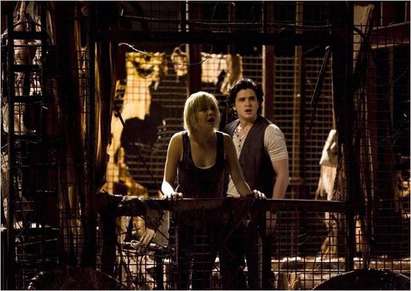 Silent-Hill-Revelation-3D-photo-1.jpg