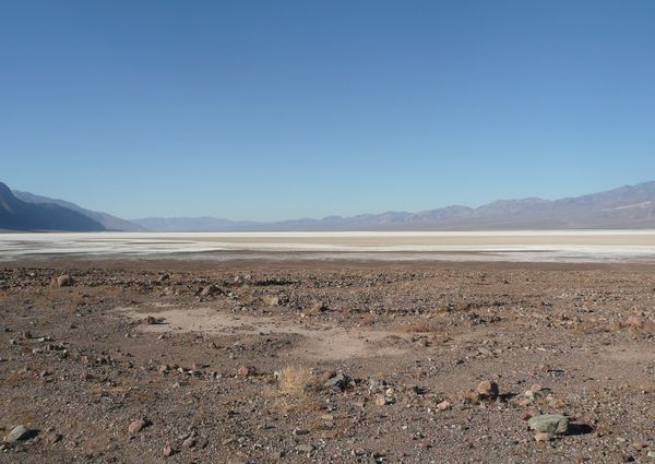 Death-Valley---Bad-Water--10-.JPG