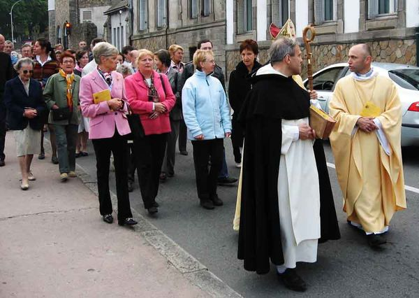 procession cures adultes