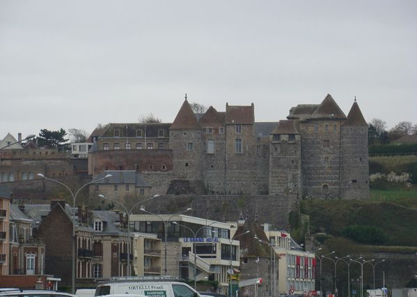 chateau_fortifications_dieppe.jpg