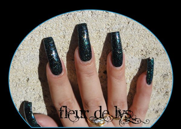 Sinful Colors Nail Junkie Swatch
