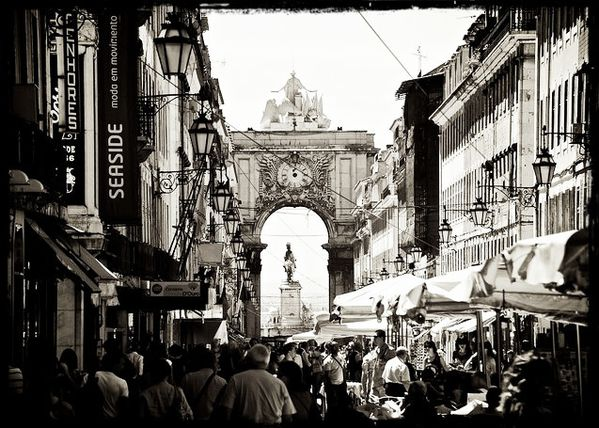 Rua-Santa-Justa-Lisbonne.jpg