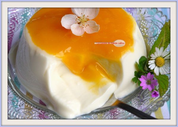La-panna-cotta-au-coulmis-de-mangue.jpg