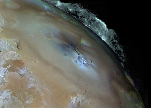 Io---2ruption-de-Pele----Galileo.jpg