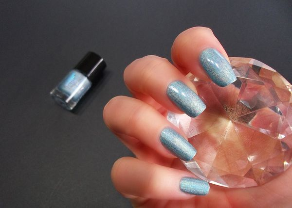 Catrice Luxury Lacquers Limited edition Holomania -copie-1