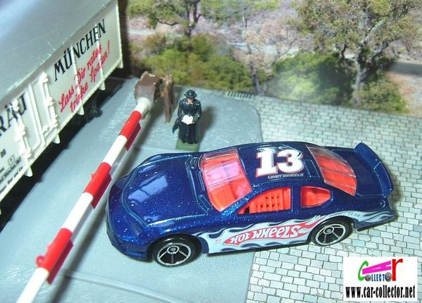 dodge charger stock car 2008.146 hot wheels racing