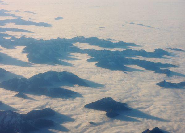 Avion - Alpes - Nuages et sommets - 03-12-2014