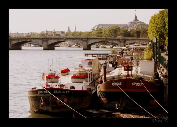 boats on the Seine river