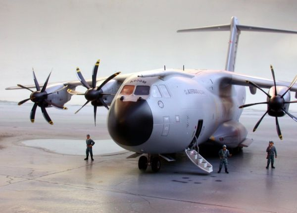 airbus-a400m-revell-04800
