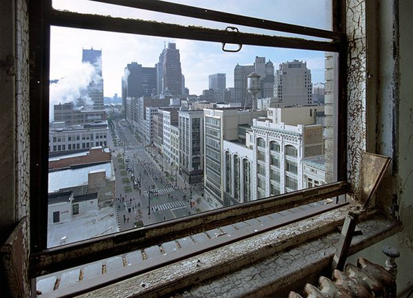 View-of-Woodward-Avenue-from-the-Broderick-Tower.jpeg