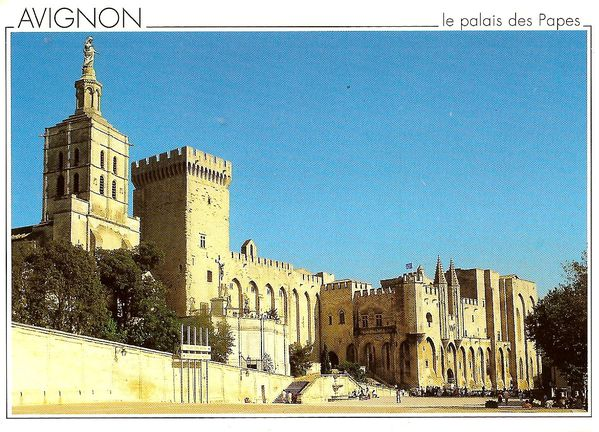 avignon-cite-des-papes-copie-1.jpg