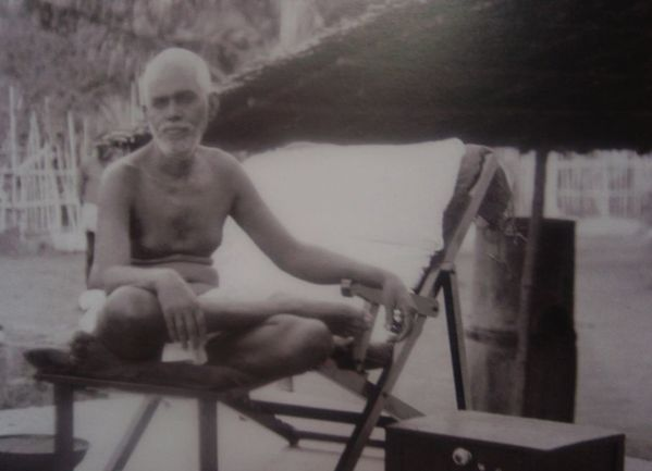 RAMANA-MAHARSHI-PHOTO-4.jpg