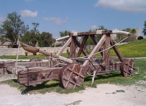Replica_catapult.jpg