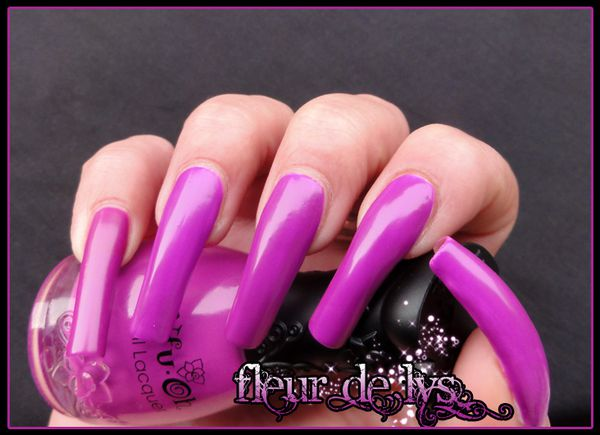 Vernis ongles fluo