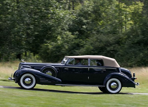 2659_cadillac_v16_fisher_convertible_sedan_1934_01.jpg
