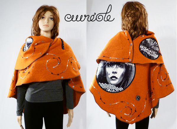 ponchale-minois-orange-cape.jpg