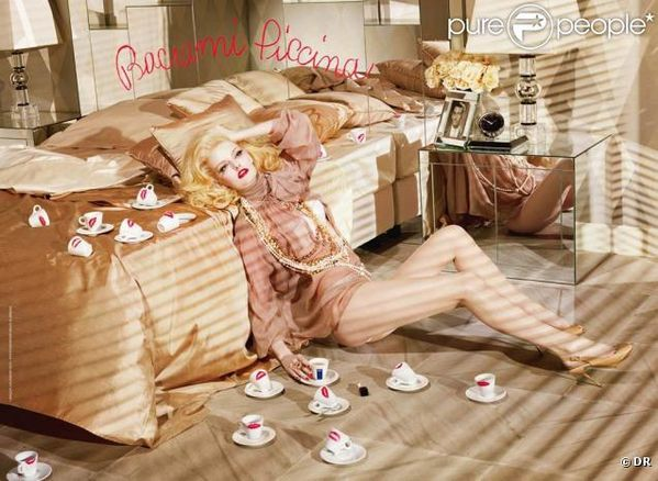 299854-les-photos-du-calendrier-lavazza-2010-637x0-2