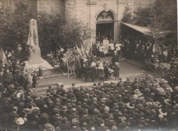 02-Le-Monument-Aux-Morts-Inauguration-Blog