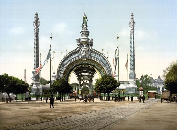 Grand entrance Exposition Universal 1900 Paris France
