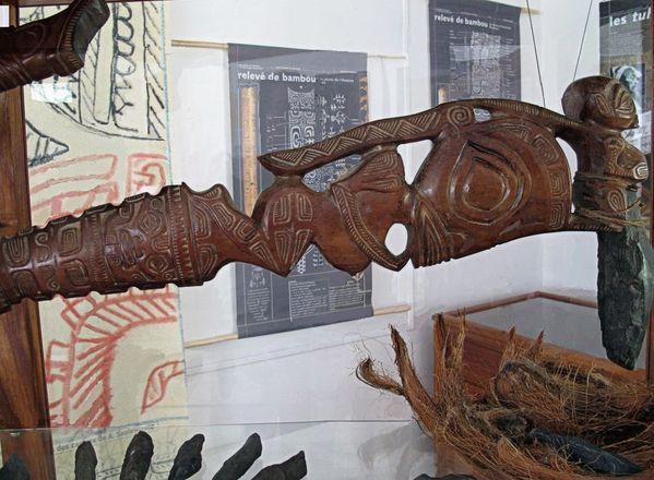 Marquises-Nuku-Hiva-30-Hatiheu-musee-2.jpg