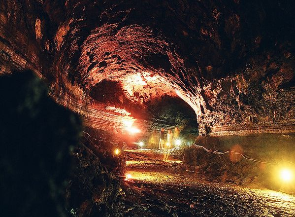 Geomunoreum-lava-tube---world-heritage.jpg