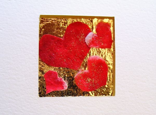 illustation-collage-carte-saint-valentin-coeur-rouge-fond-o