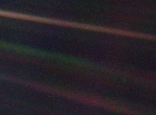Voyager - 1990 - Terre