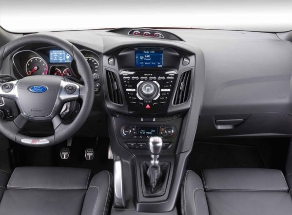 interieur-ford-focus.jpg