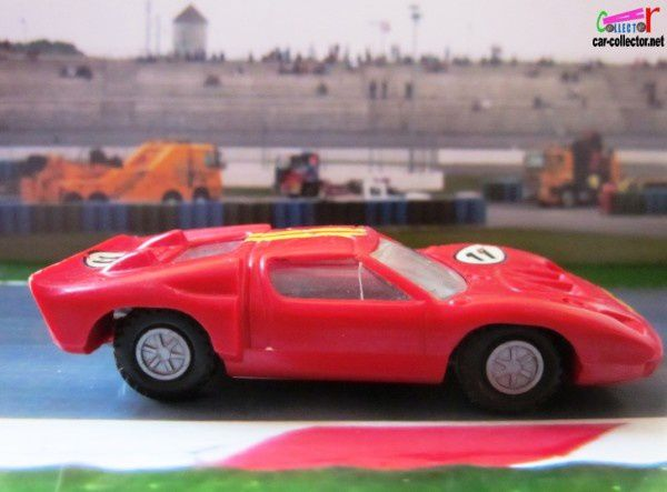 ford-mkII-voiture-de-course-champion-france (2)