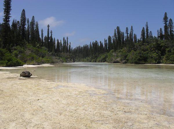 Jour 16 Ile des Pins Pirogue Baie d'Upi Baie d'Oro (76)
