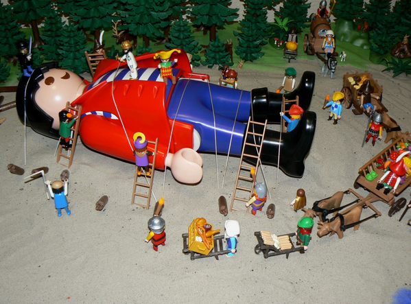 famous-playmo-gulliver.png