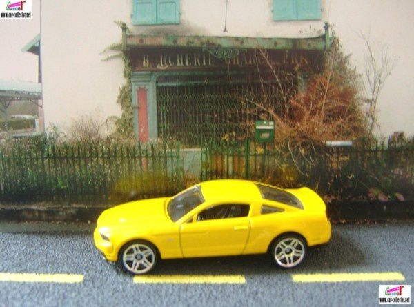 2010 ford mustang gt yellow hw premiere