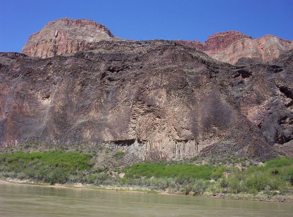 Coulee-basaltique---Western-gr.-Canyon---NPS.jpg