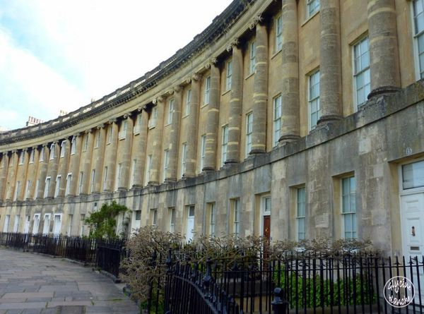 Royal-crescent-BATH-2--1600x1200-.jpg